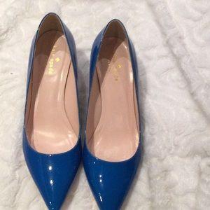 Kate Spade Melanie Blue Pumps in size 8